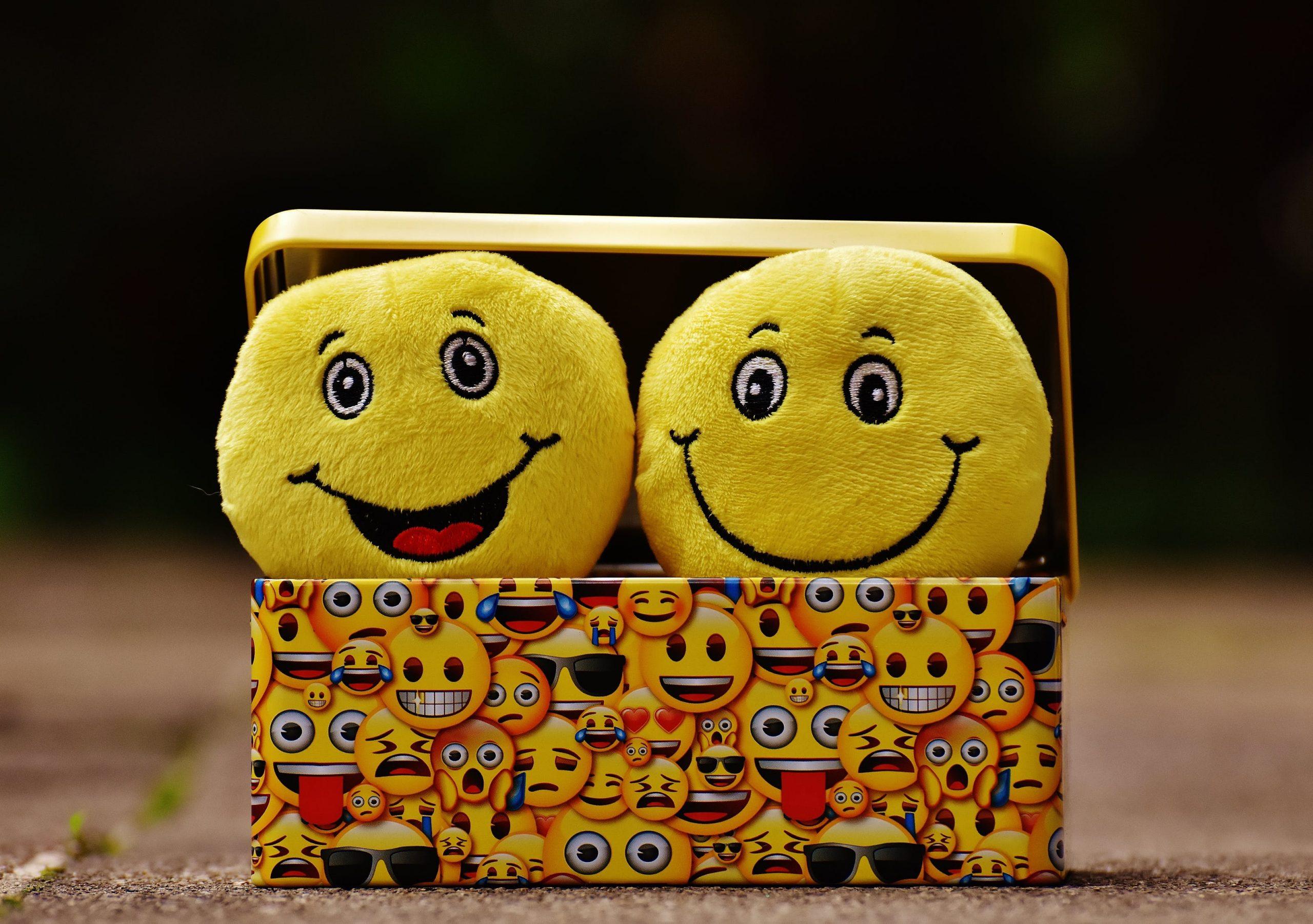 Using Emojis in Social Media Marketing